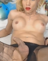 Lovely Shemale Enjoying Her Big Cock On Cam