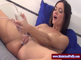 Hot big taco beauty enjoys a good pee - HD Video | Pornbraze.com