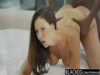 amy-starz-double-penetrated-by-two-men