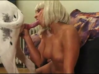 Candy suxx sex video