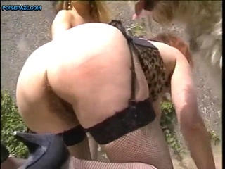 Slut Blonde Fucking pet bobtail - Animal Porn Free