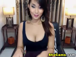 Beautiful Horny Shemale  Puts on a Sexy Striptease live